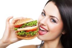 Плохое питание - причина выпадения волос