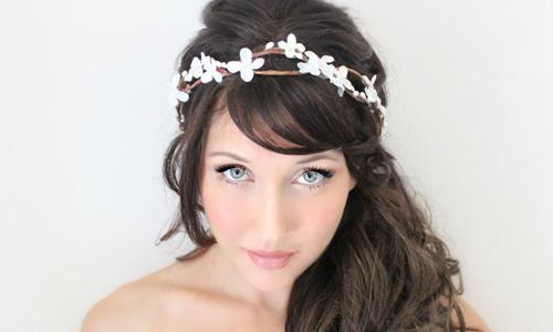 Свадебная прическа с челкой для длинных волос