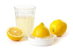 Лимонный сок для осветления волос