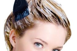 Окрашивание волос осветлителем