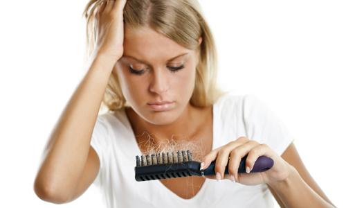 Как вылечить волосы от выпадения в домашних условиях видео thumbnail
